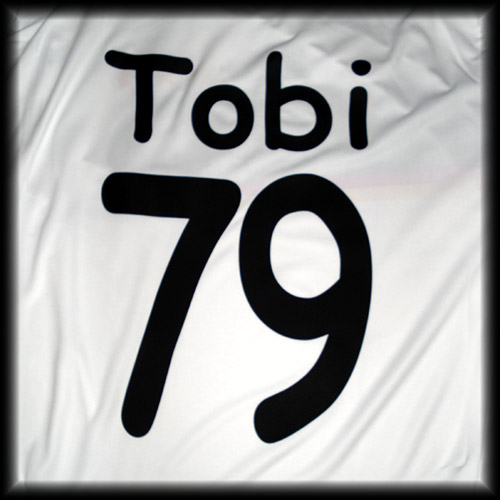 006_tobi79